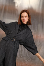Load image into Gallery viewer, Marindia linen-blend trench - Black