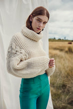 Load image into Gallery viewer, Quebracho jumper in extra fine Merino wool