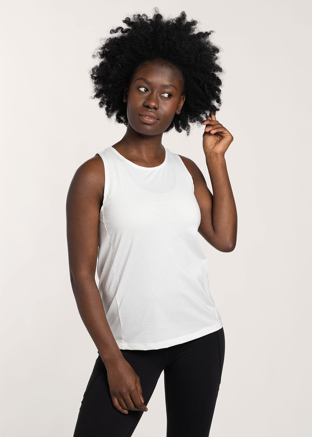 Model : Mariama - Size 4, Mariama is 5'7 | PRIMARY | WHITE