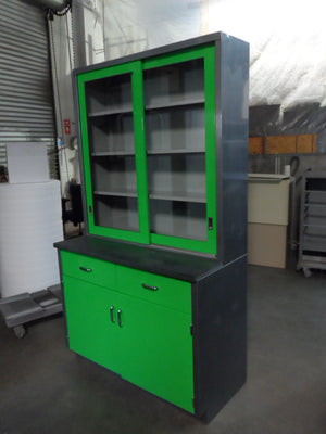 Industrial Work Bench With Hutch