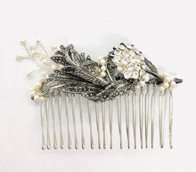 Load image into Gallery viewer, OLIVIA Hair Comb