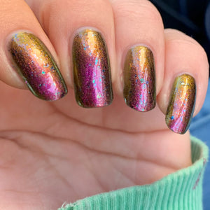 the expanse, indie polish, swamp gloss, chamelon, multichrome, flakie, nail polish, pink to green