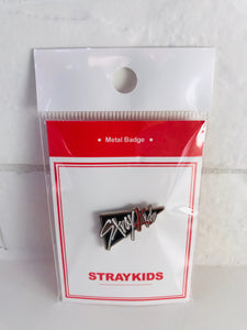 STRAY KIDS METAL BADGE