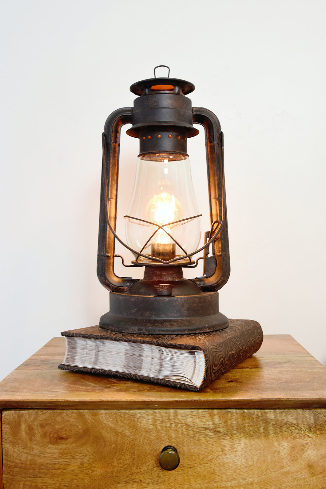 Table lamp Lantern, lantern, rustic lamp, muskoka lifestyle products