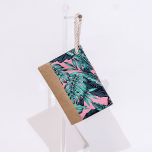 Open image in slideshow, Beach Wristlet