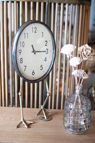 Table clock with duck feet - CityBarnCountryPenthouse