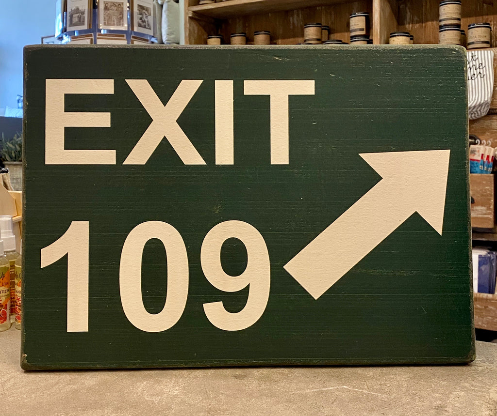 EXIT 109 VINTAGE PLANK - CityBarnCountryPenthouse