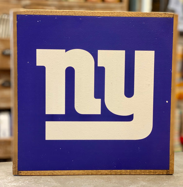 NY GIANTS VINTAGE SQUARE - TEAM COLOR - CityBarnCountryPenthouse