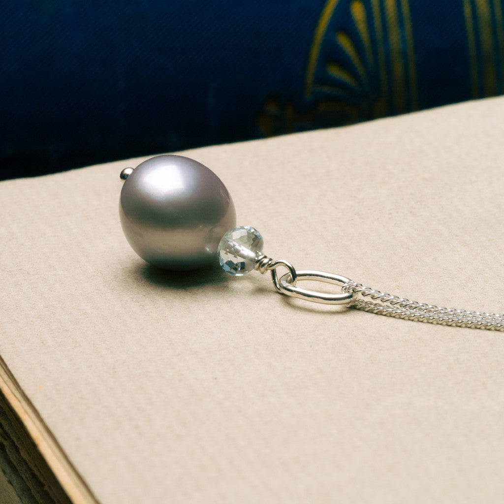 Necklaces - Siren Pearl Necklace