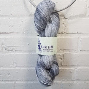 Casco: Carbon - Maine Yarn & Fiber Supply