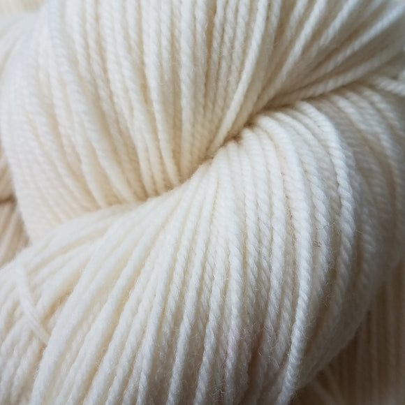 Katahdin: Washed White - Maine Yarn & Fiber Supply
