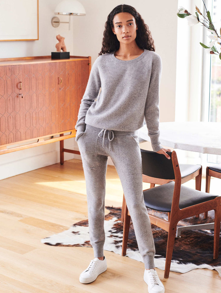 products/16773_LOUNGE-PANT_GREY_HEATHER_1_7f78c309-5449-40e7-a631-11e4917f350b.jpg