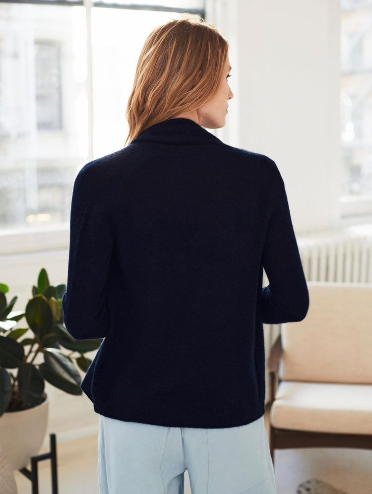 products/18915_CASHMERE-MINI-TRAPEZE-CARDIGAN_DEEP-NAVY_2.jpg