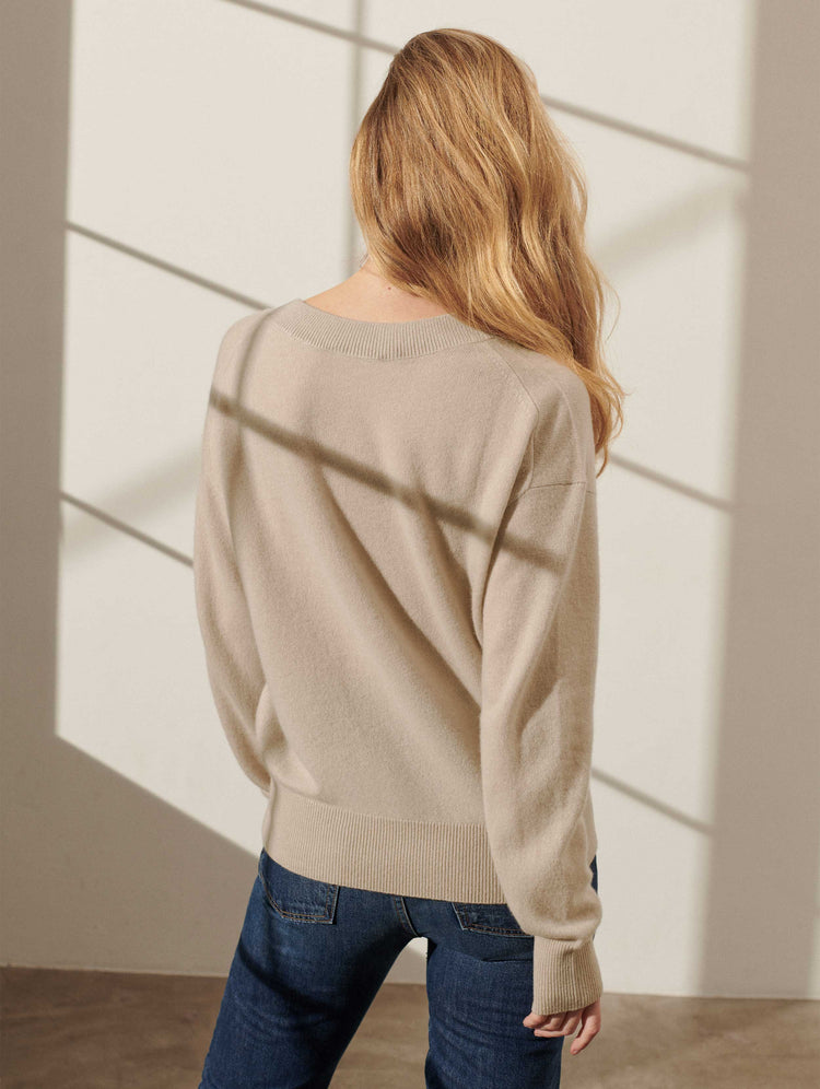 products/18986_LONG-SLEEVE-V-NECK_JUTE-HEATHER_2.jpg