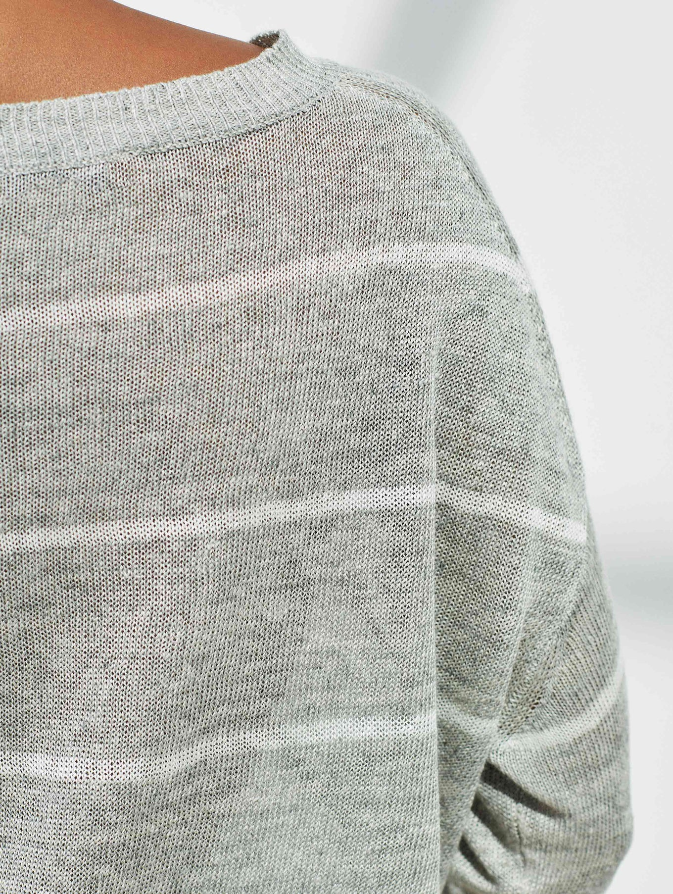 Linen Striped Open Crewneck