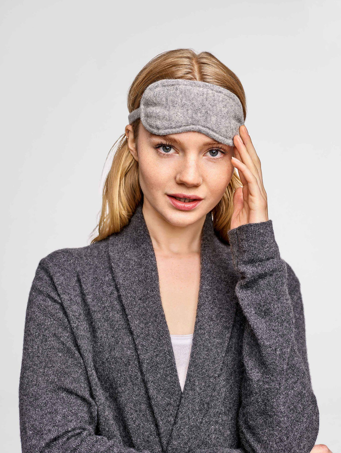 Cashmere Eye Mask - Grey Heather - Image 1