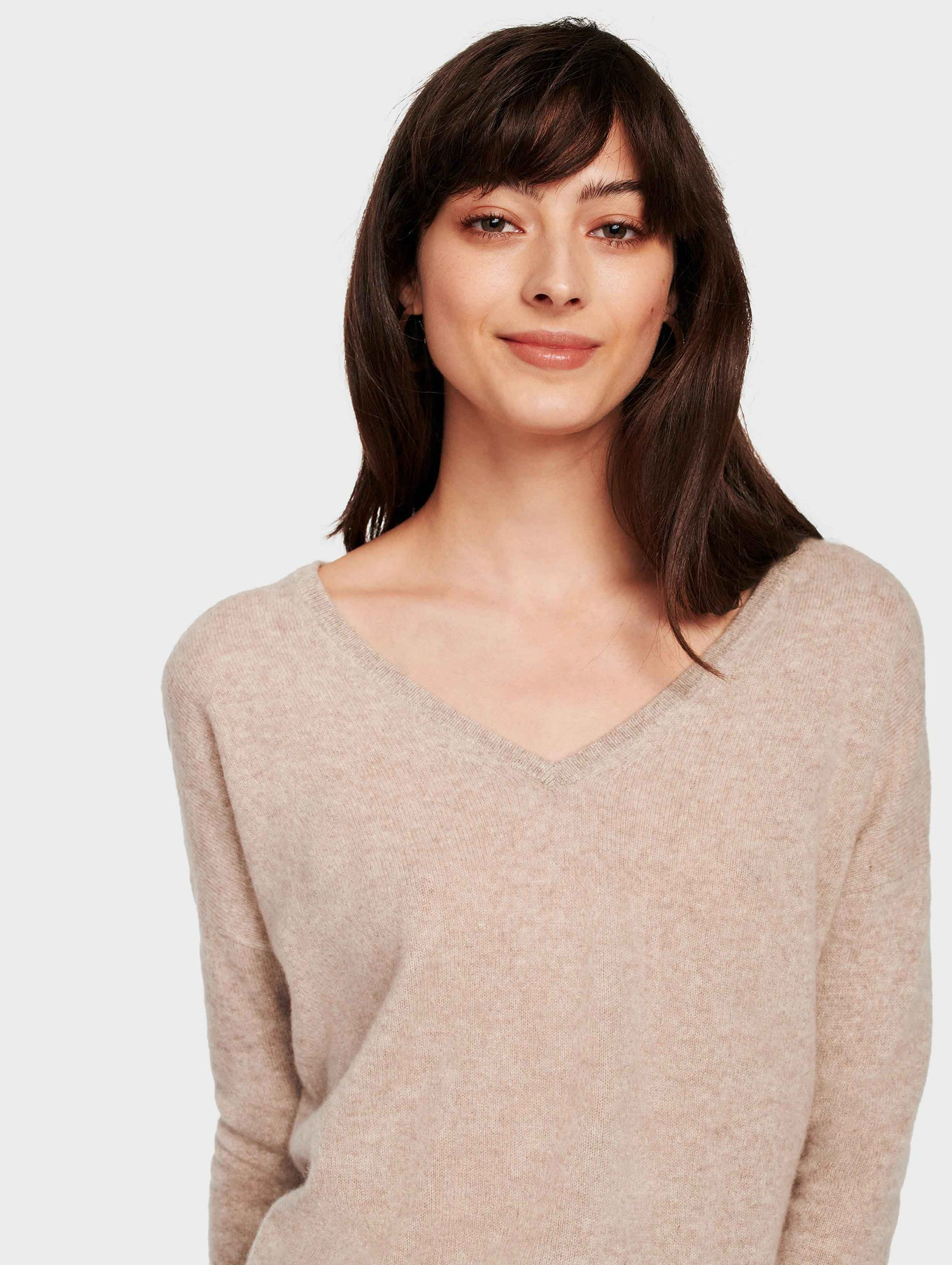 Essential Cashmere V Neck - Sand Wisp Heather - Image 2