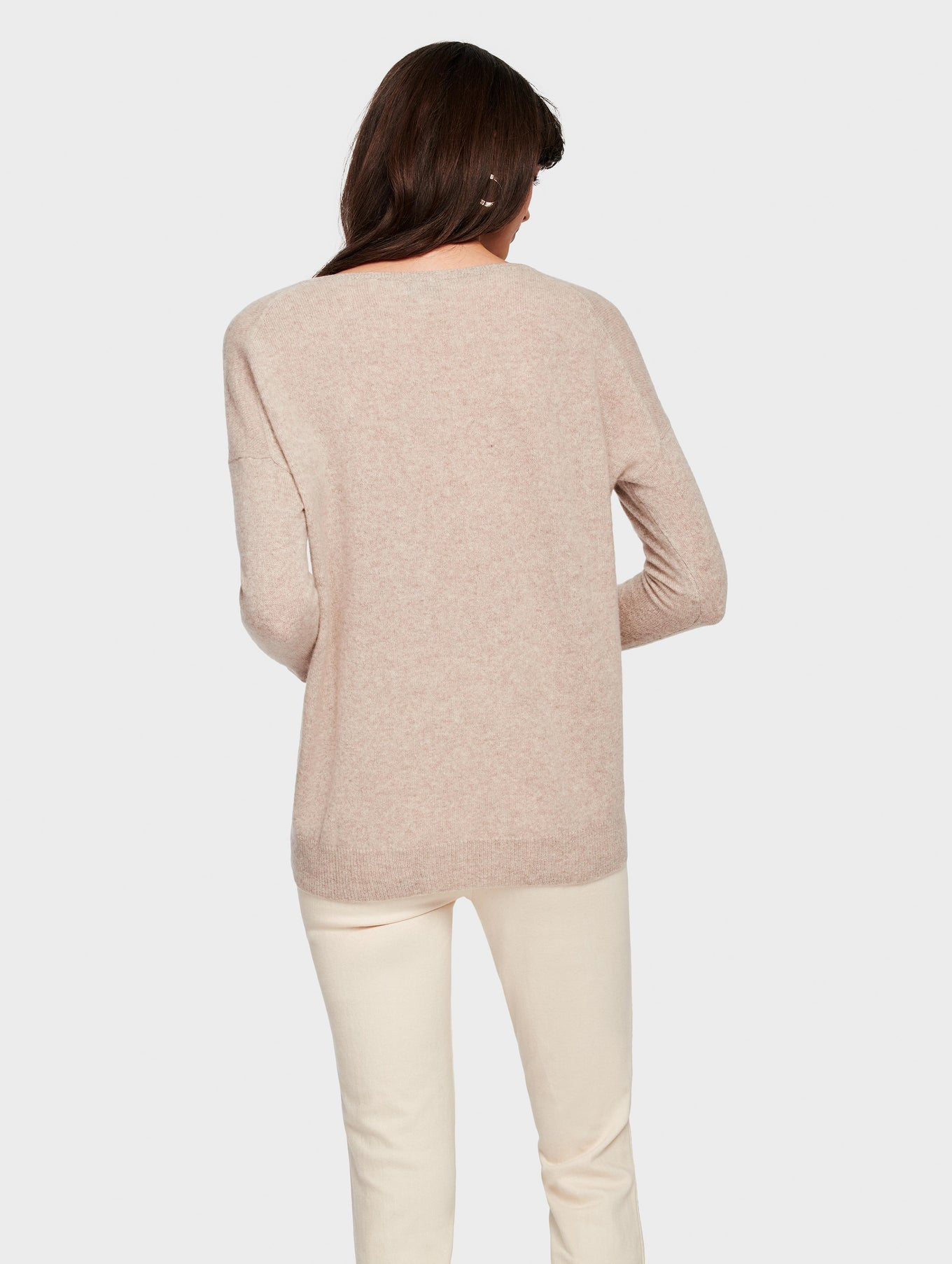 Essential Cashmere V Neck - Sand Wisp Heather - Image 3