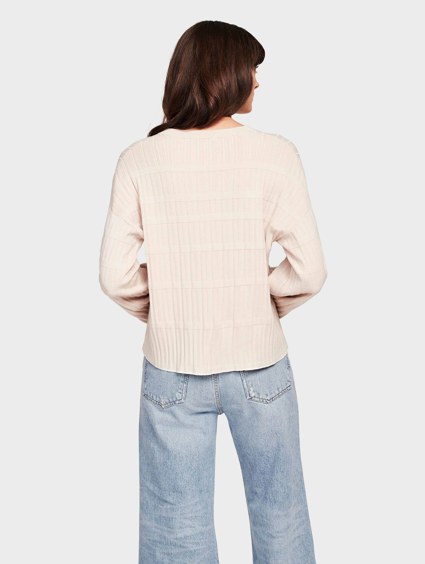 Fine Gauge Stretch Pleated Stitch Tipped Crewneck - Blush/Cream - Image 3