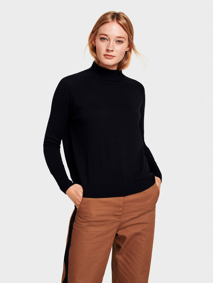 Raglan Turtleneck - Black - Image 1