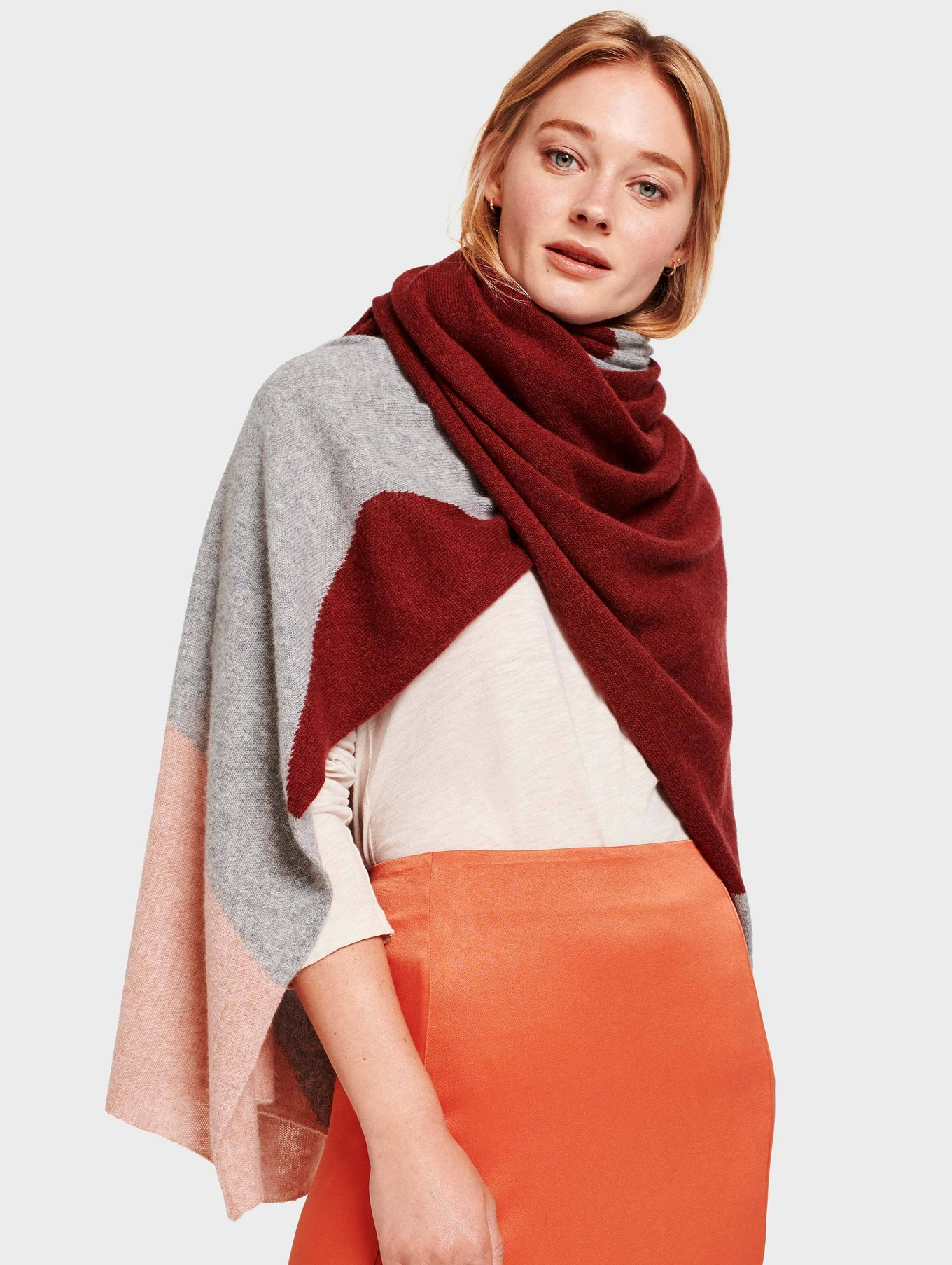 Cashmere Exploded Star Travel Wrap - Mulberry Multi - Image 1