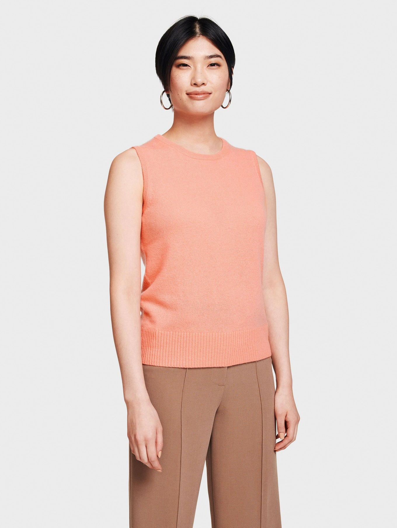 Essential Cashmere Sleeveless Crewneck
