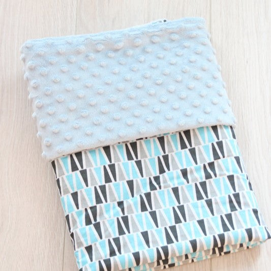 Mint Color Blanket With Rhombuses