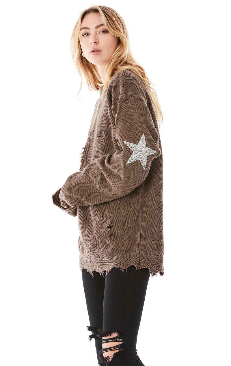 VINTAGE STAR PATCH SWEATER