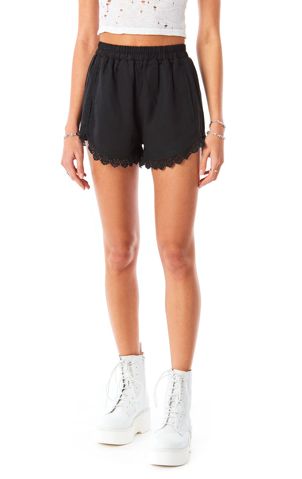 LACE TRIM BOXER SHORT