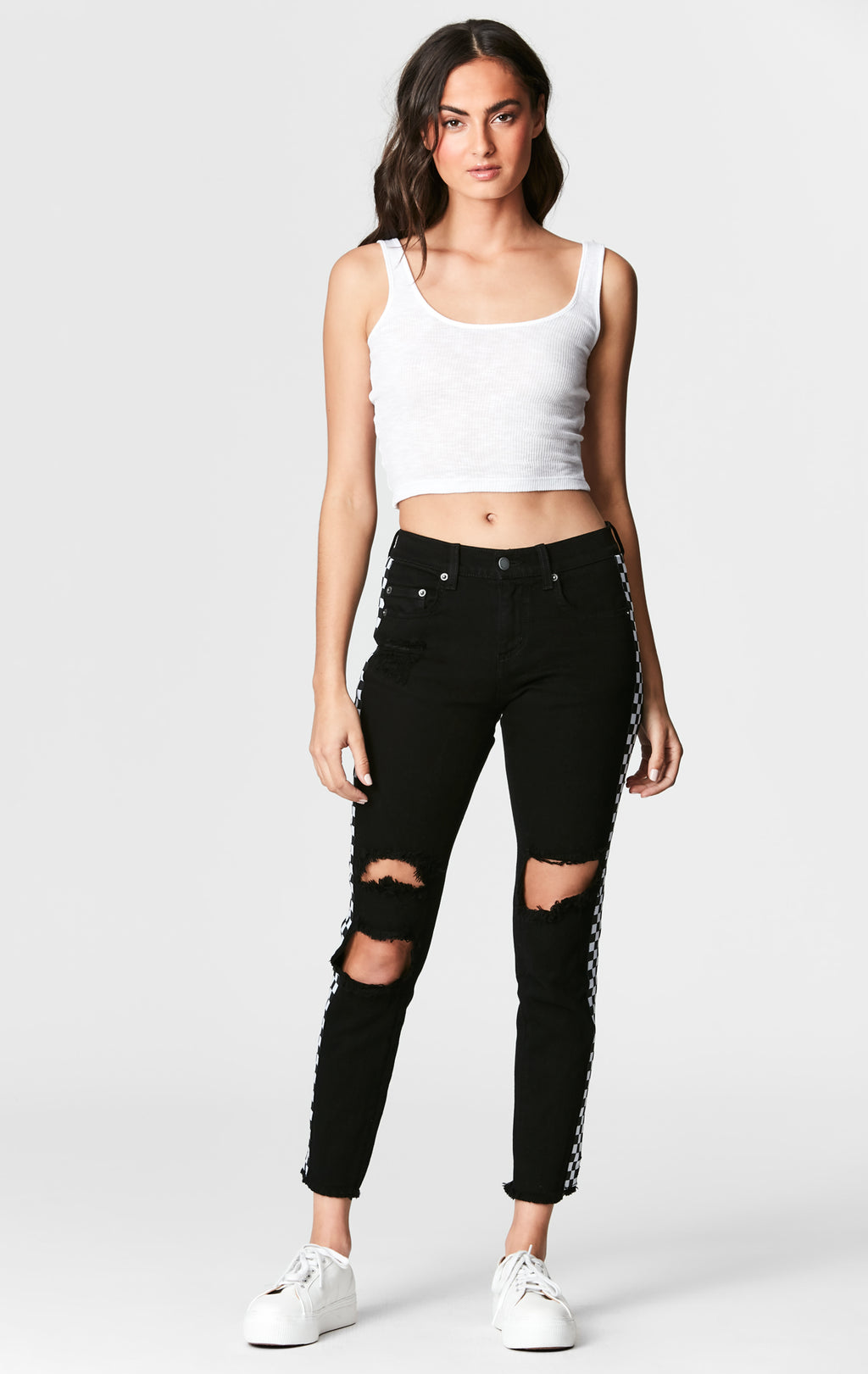 MIA CHECKERED TRIM CROP TEE