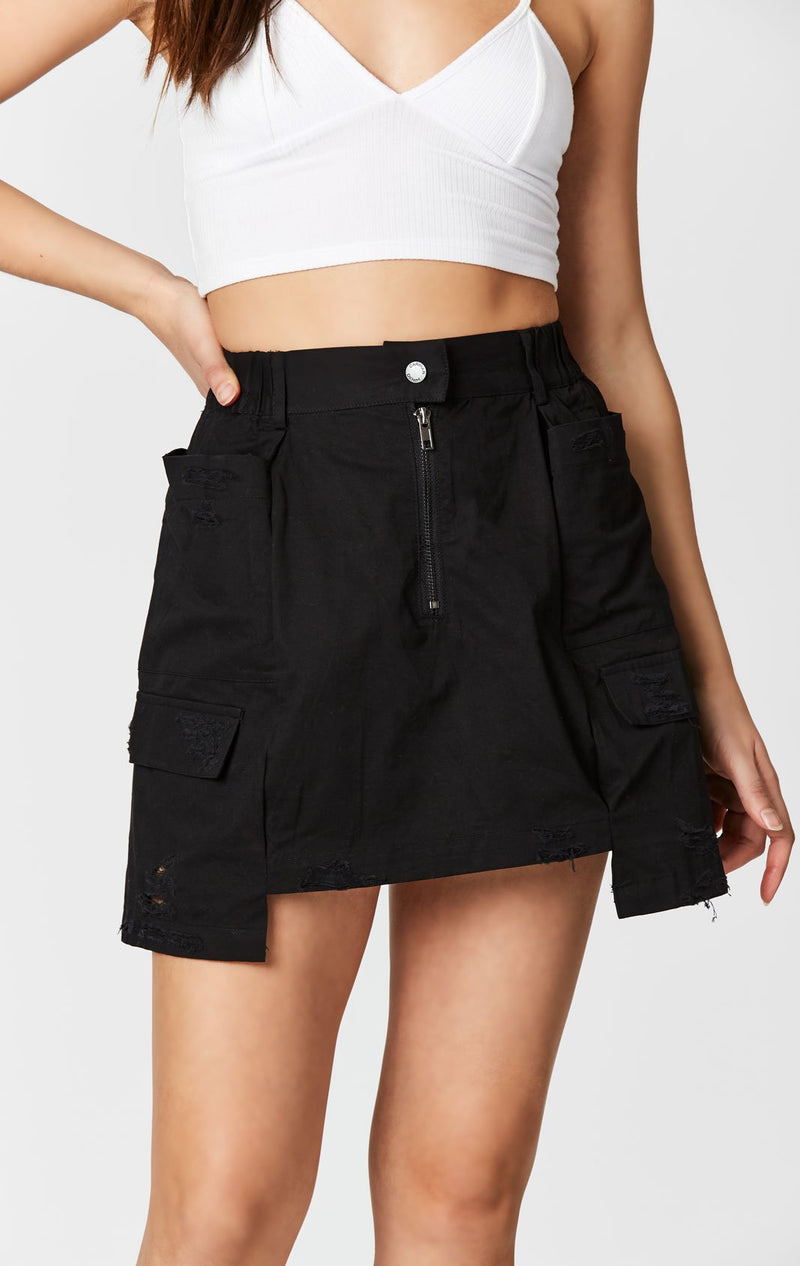CARMAR DENIM EXTENDED SIDE CARGO POCKET SKIRT FRONT