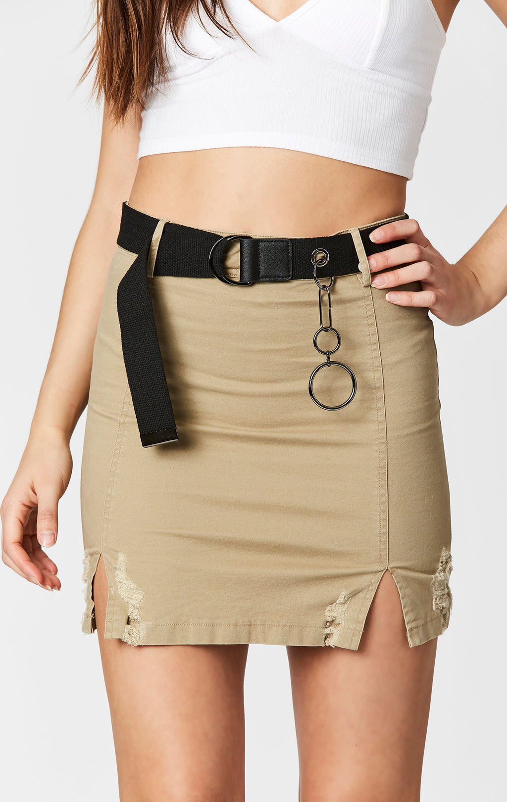 FITTED SKIRT WITH D-RING BELT