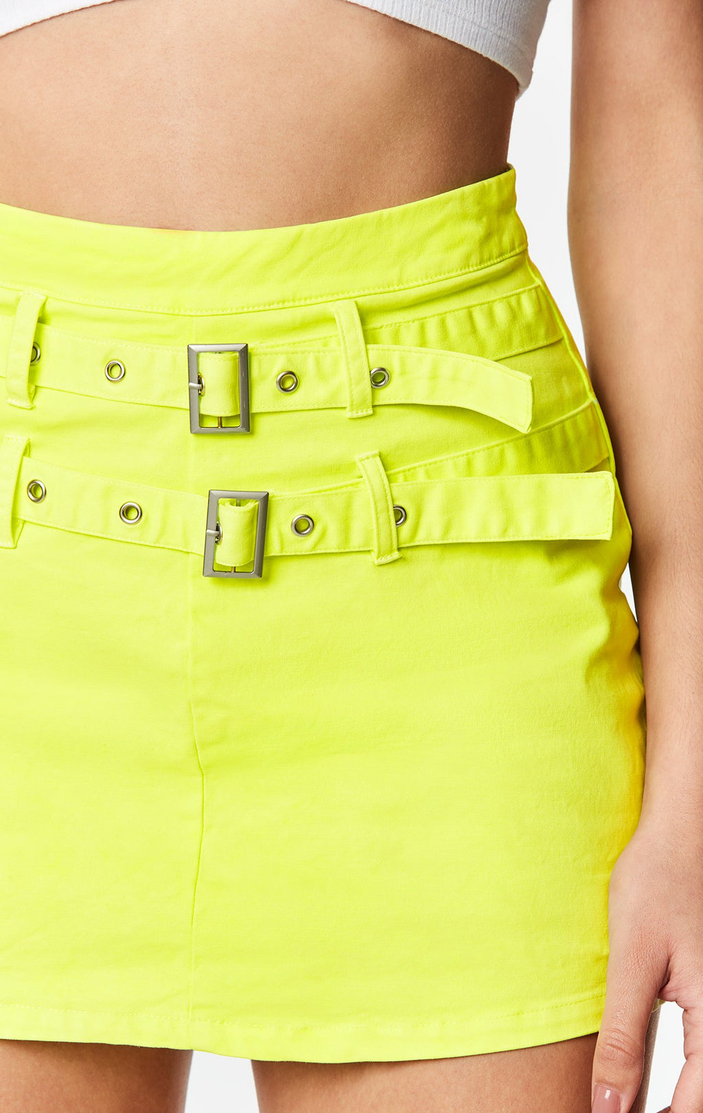 CARMAR DENIM DOUBLE BUCKLE BELTED SKIRT DETAIL