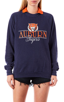 VINTAGE COLLECTIBLE COLLEGE SWEATSHIRT
