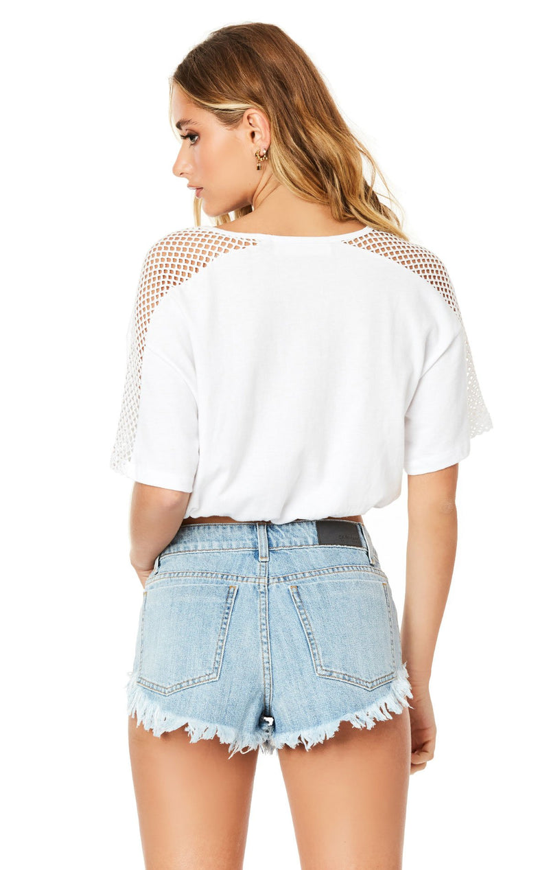 Emma & Sam: CINCHED CONTRAST CROP TEE - NOVELTY TEE