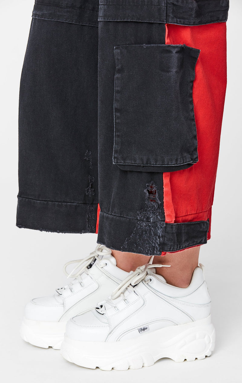 CARMAR DENIM COLORBLOCK WIDE LEG CARGO POCKET PANT BOTTOM DETAIL