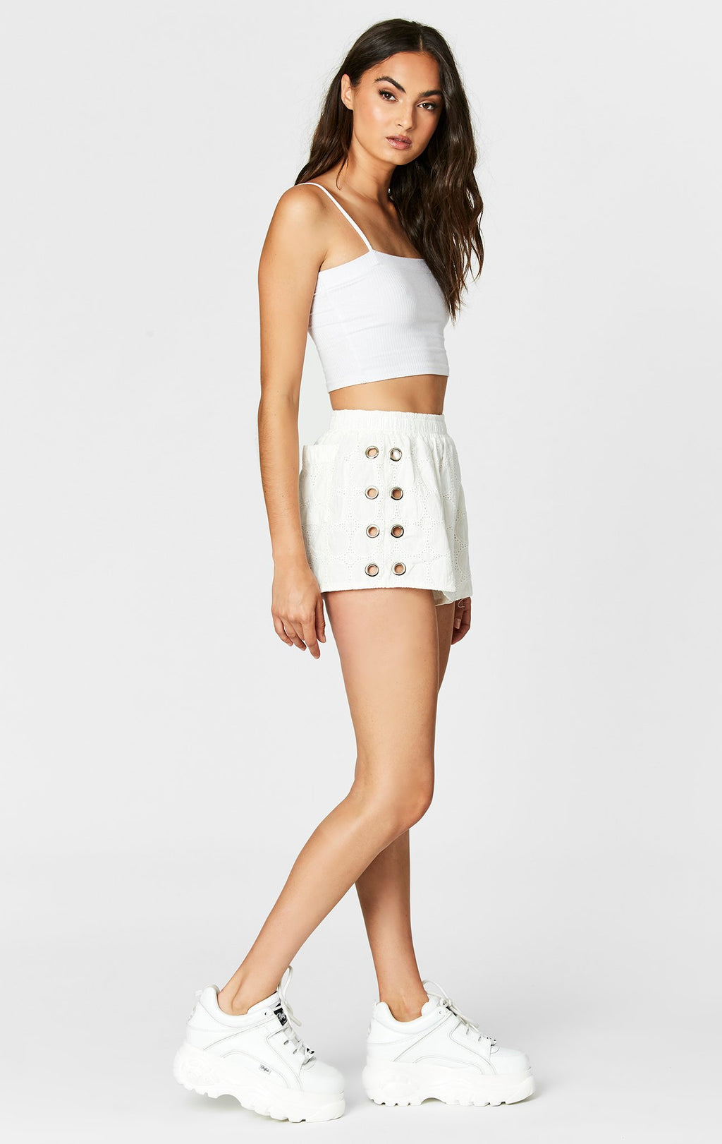 SIDE LACEUP EYELET SHORT