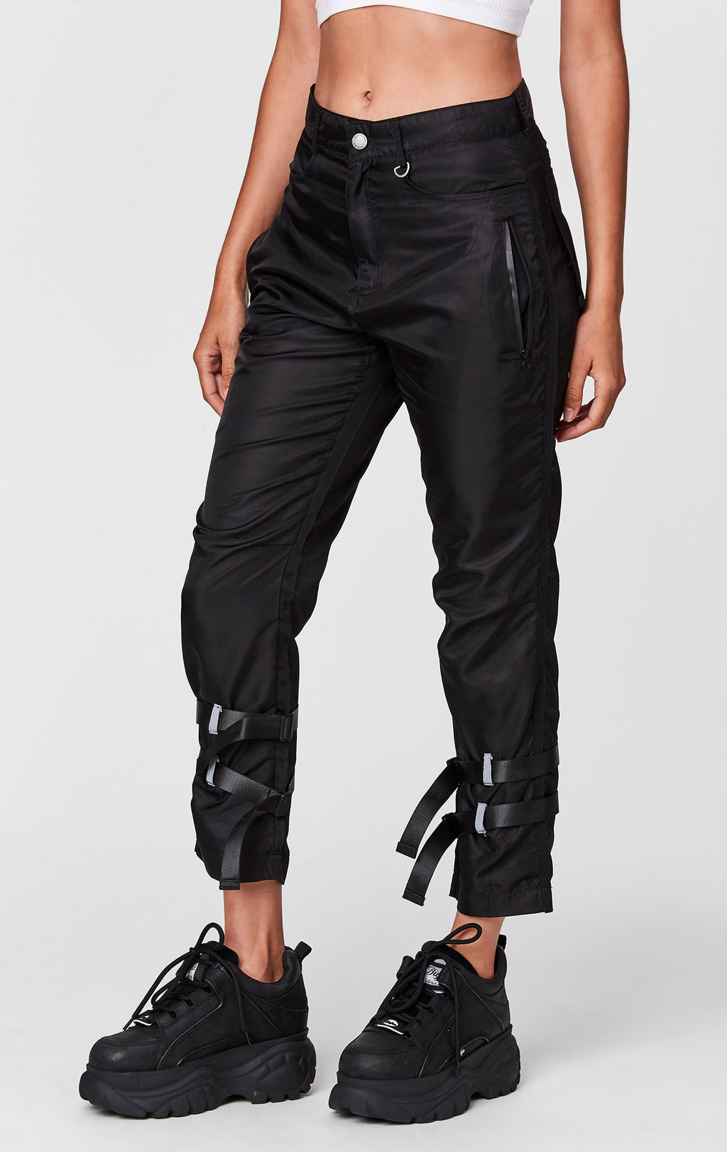 WINDBREAKER DOUBLE STRAP PANT FRONT