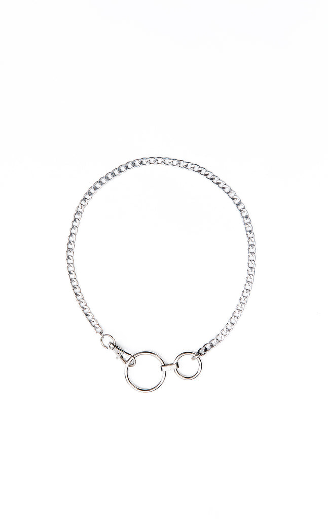 FLAT CURB CHAIN NECKLACE WITH DOUBLE O RING