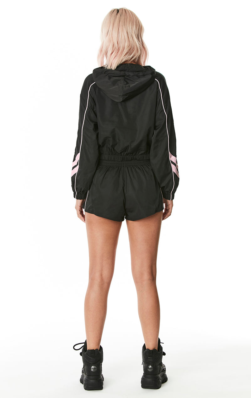 WINDBREAKER SHORT WITH PIPING