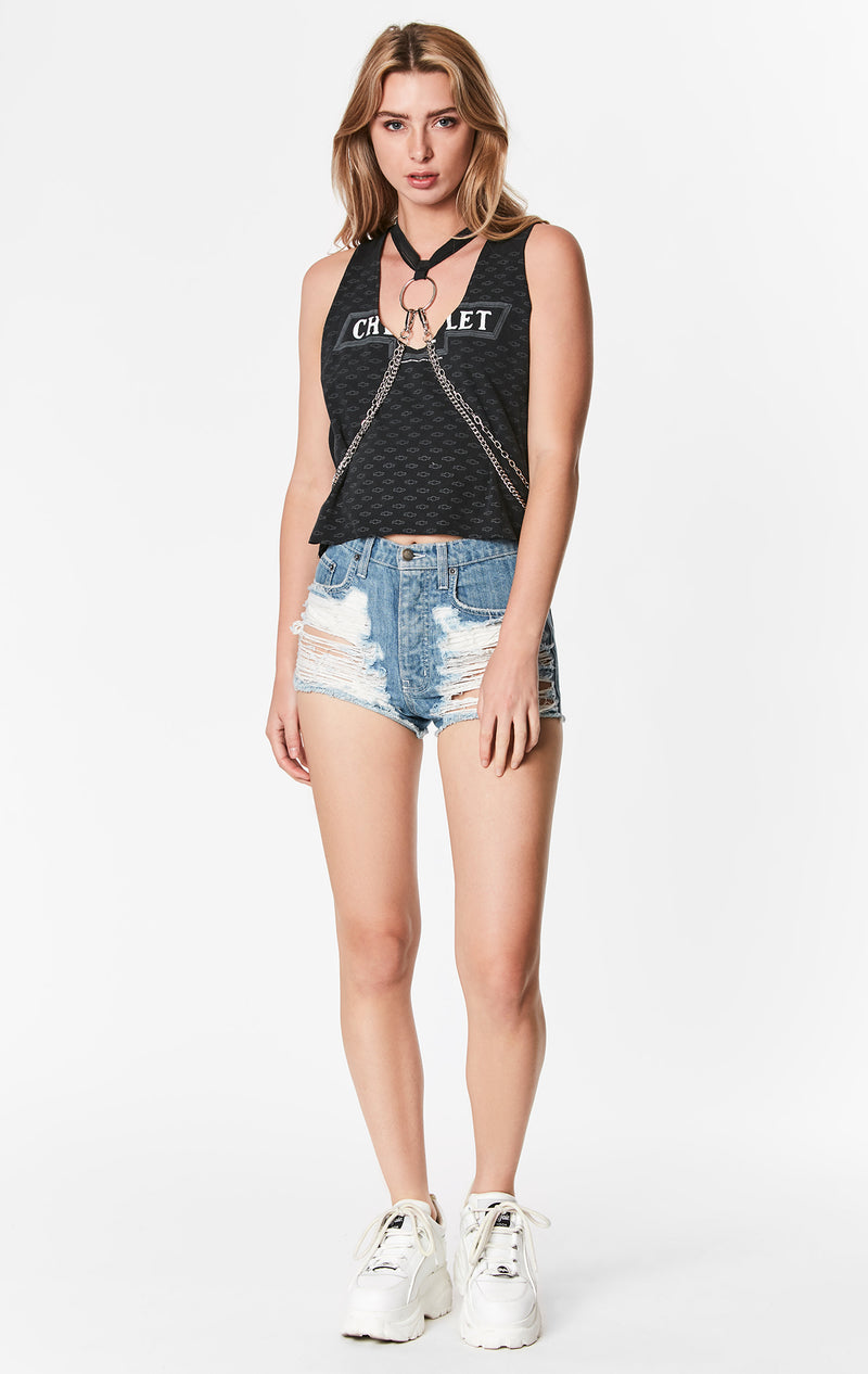 SLEEVELESS TANK WITH FRONT BODY CHAIN