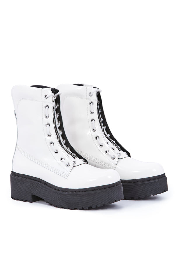 ANARCHO PATENT LEATHER PLATFORM BOOT