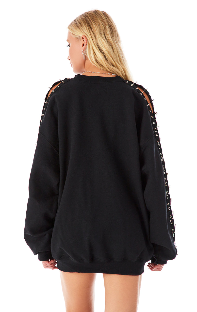 SAFETY PIN SLEEVE SWEATSHIRT