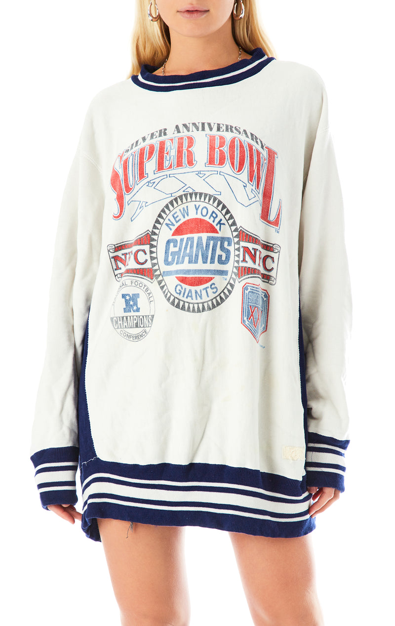 VINTAGE COLLECTIBLE NFL SWEATSHIRT