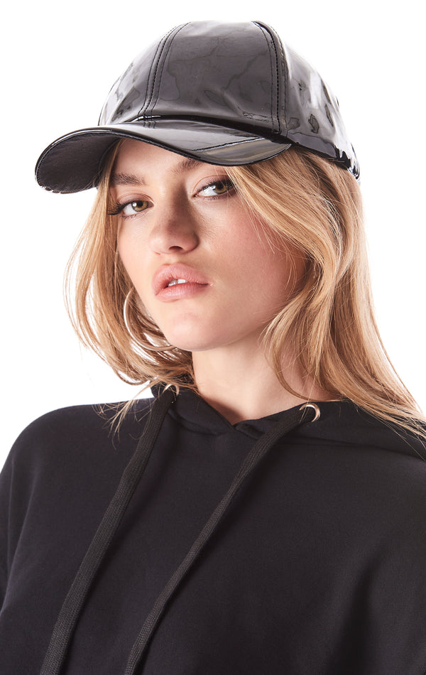 FAUX PATENT LEATHER BASEBALL CAP