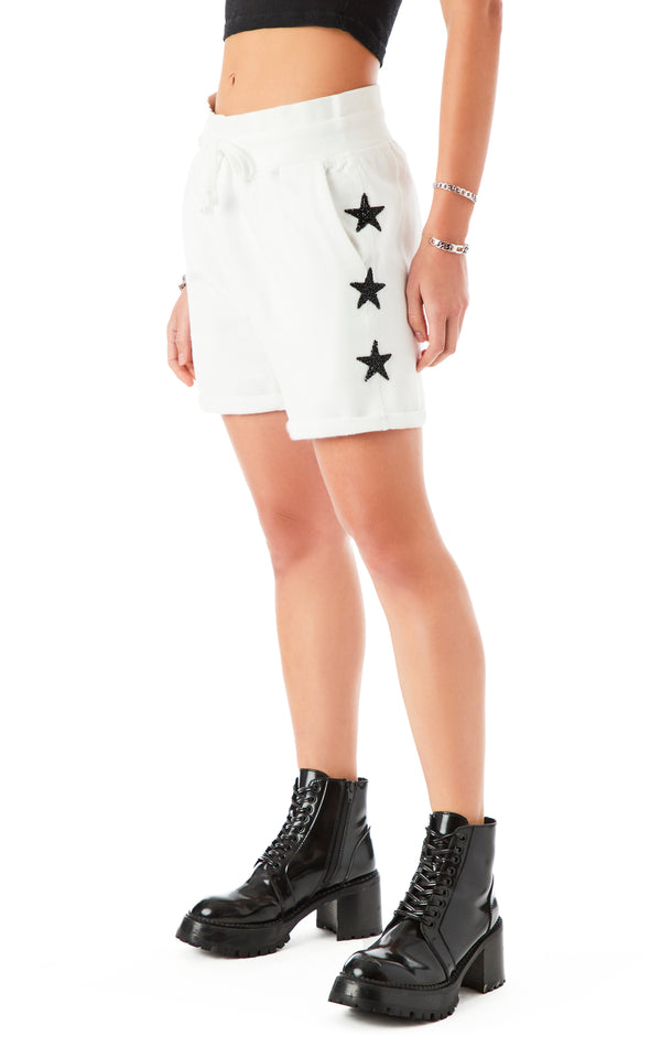 BLACK STAR PATCH CUFFED SWEAT SHORT