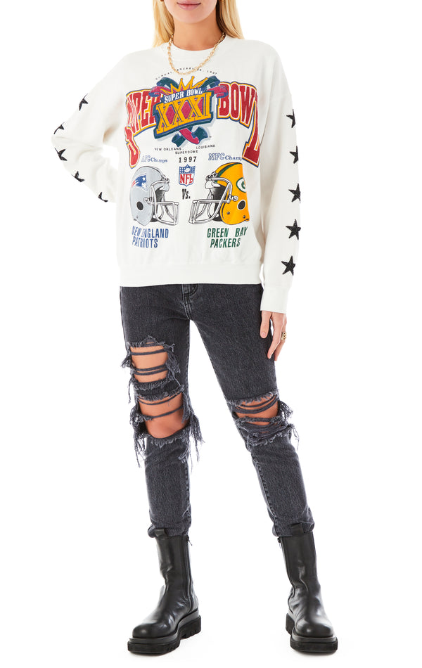 VINTAGE MINI BLACK STAR PATCH SWEATSHIRT