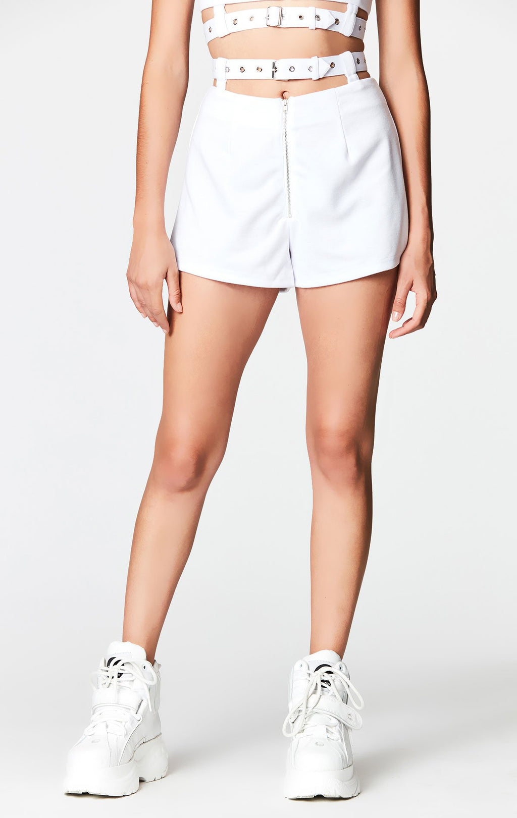 MILLAU CUTOUT BELTED ZIP FRONT SHORT CROP FRONT