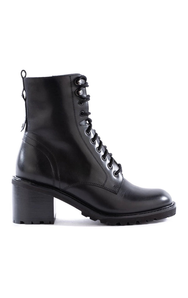 IRRESISTIBLE LEATHER HIKER BOOT