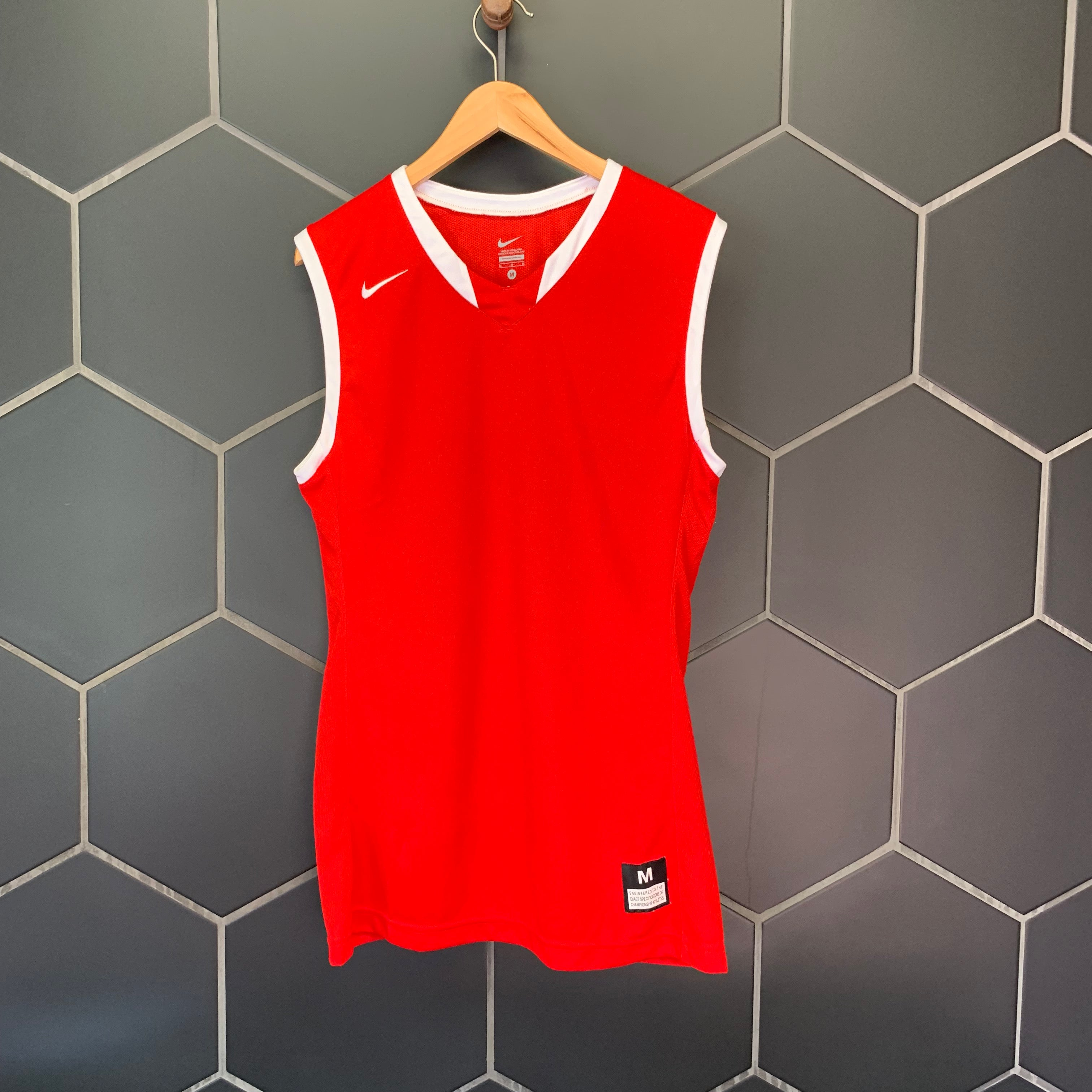 New! Mens Nike Basketball Mesh Team Jersey Tank Top Red White (Multiple Sizes)